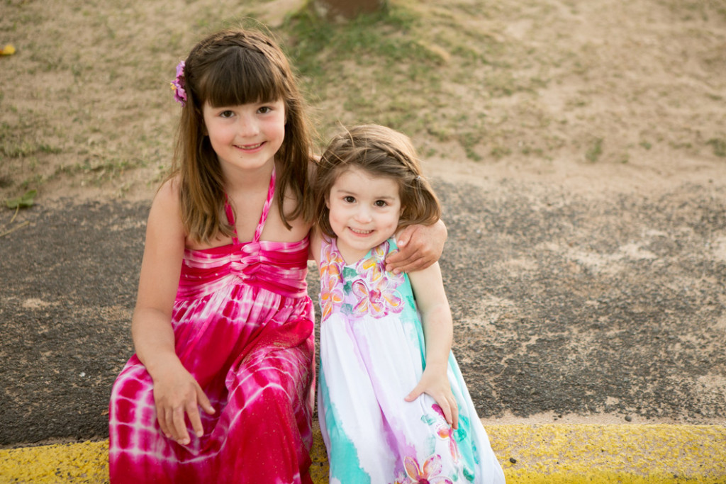 maui family photographer, kids smiling
